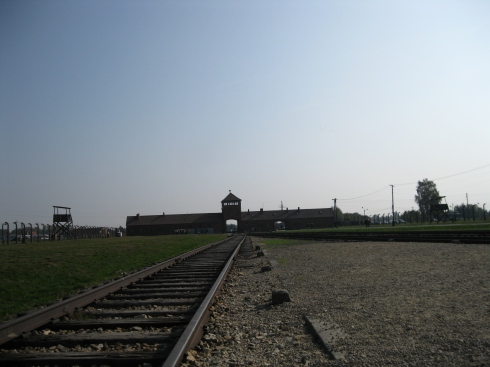 The tracks that brought hundres of thousands of mostly Hungarian Jews into Birkenau.
