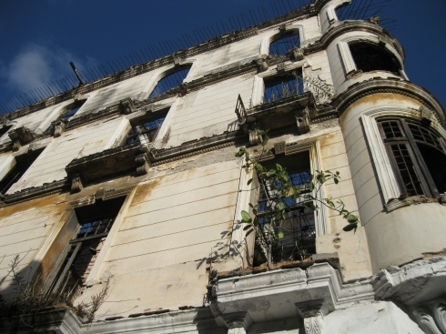The sight of crumbling buildings in Centro Havana was quite common.